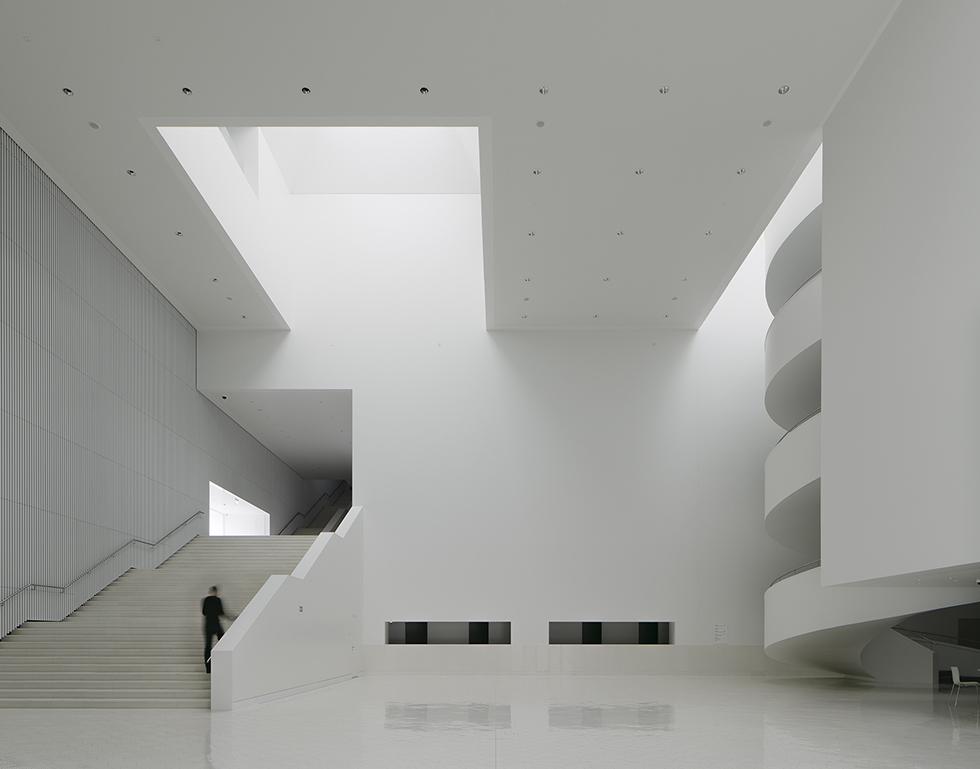 filharmonia im mieczys awa kar owicza w szczecinie wn trze architektura murator. Black Bedroom Furniture Sets. Home Design Ideas