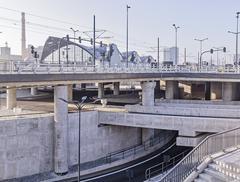 Dworzec o dwóch twarzach – o Łodzi Fabrycznej Filip Springer